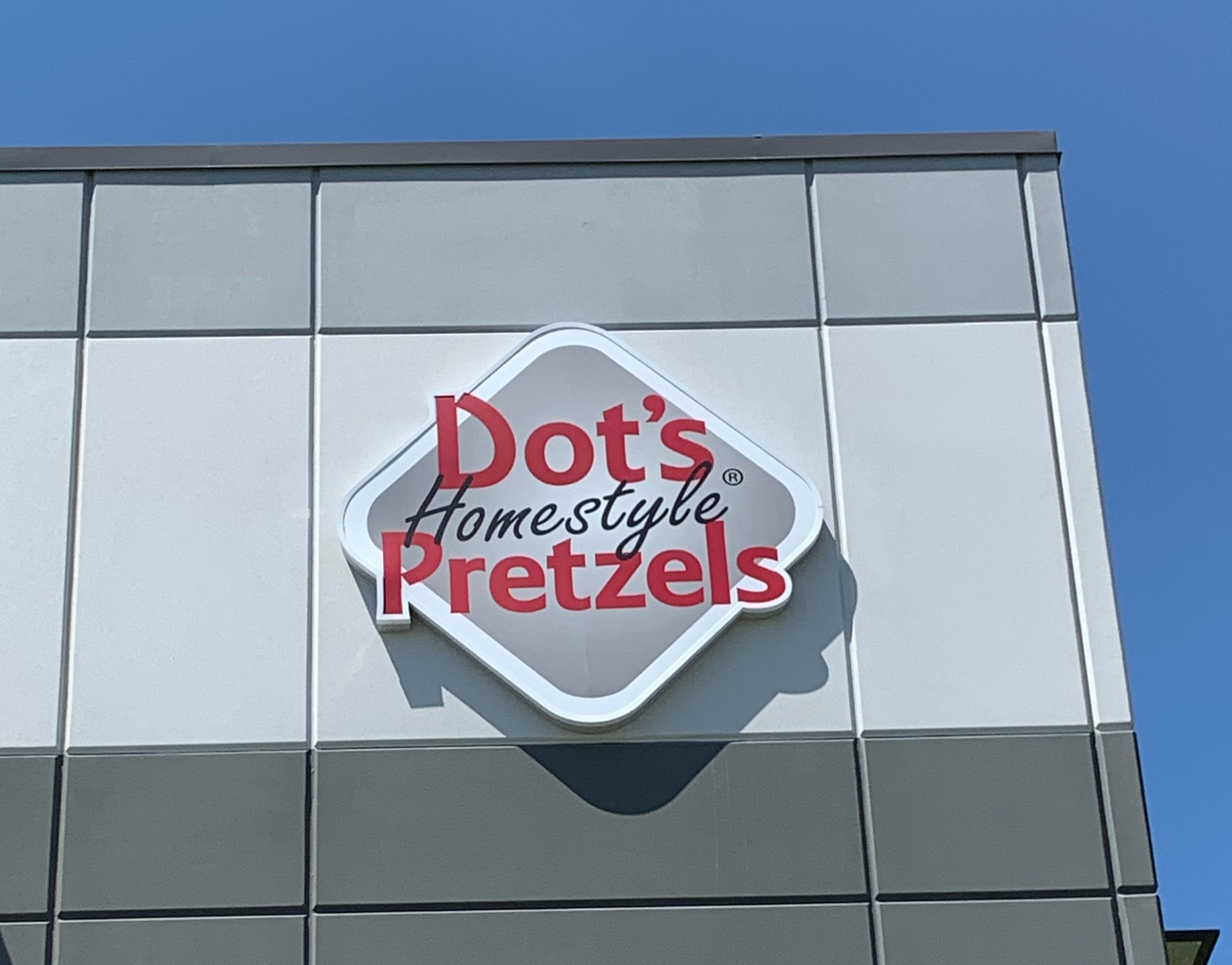 Dot's Pretzels Purchases New Building in Logistics Park Kansas City, Sophisticated Facility Will Provide Exciting Growth for the Midwest Company